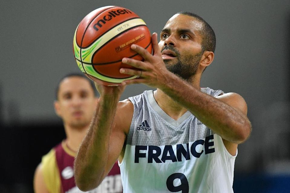 France's Tony Parker prepares to shoot during their Group A basketball match against Venezuela, at the Rio 2016 Olympic Games, on August 12 (AFP Photo/Andrej Isakovic)