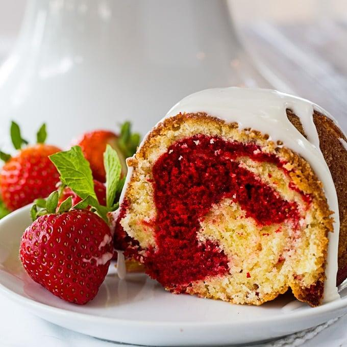 "<p>If you're a red velvet fanatic, this marble bundt cake is the ideal treat for you. This showstopper dessert is beautifully tender and dense with lots of buttery flavor and a slight hint of cocoa.</p> <p><strong>Get the recipe:</strong> <a href=""http://spicysouthernkitchen.com/red-velvet-marble-bundt-cake/"" class=""link rapid-noclick-resp"" rel=""nofollow noopener"" target=""_blank"" data-ylk=""slk:red velvet marble bundt cake"">red velvet marble bundt cake</a></p>"