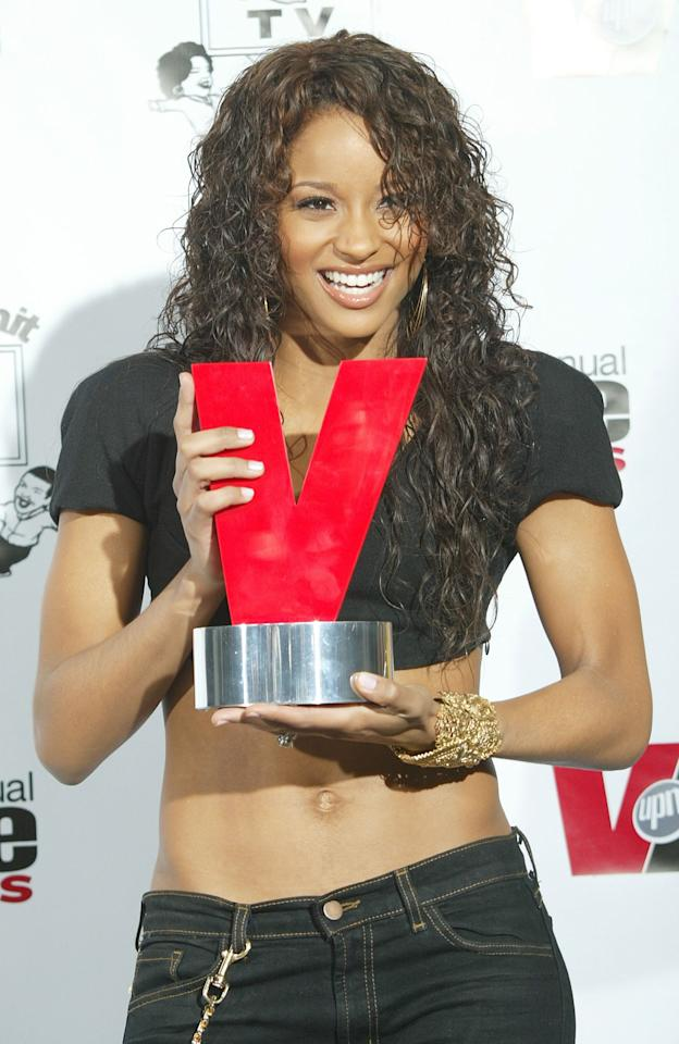 <p>How gorgeous were Ciara's glossy curls at the 2005 Vibe Awards?</p>