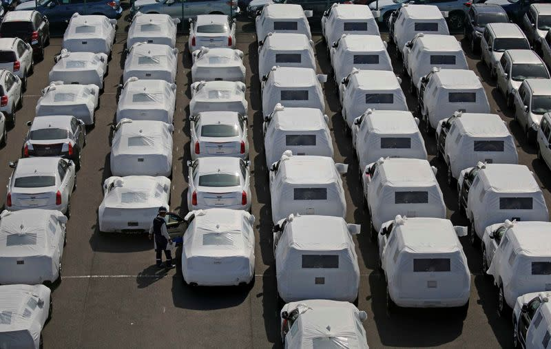 Japan auto industry seeks to avoid suspending operations, but worker safety priority