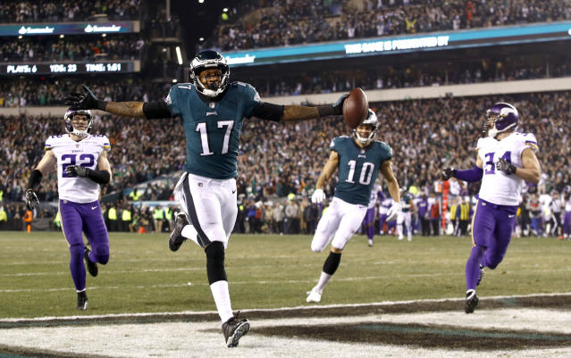 Philadelphia Eagles' Alshon Jeffery catches a touchdown catch in the NFC title game. (AP)