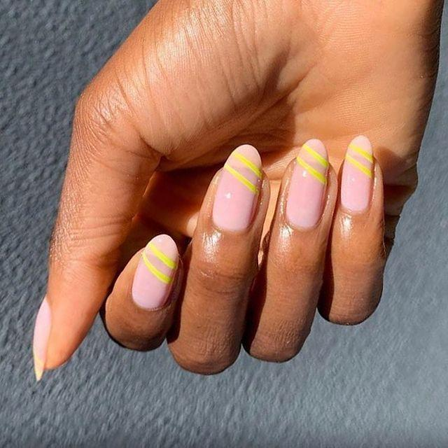 """<p>We love the contrast of the subtle natural pink and these neon yellow stripes. </p><p><a href=""""https://www.instagram.com/p/CAbm6rsJbXv/"""" rel=""""nofollow noopener"""" target=""""_blank"""" data-ylk=""""slk:See the original post on Instagram"""" class=""""link rapid-noclick-resp"""">See the original post on Instagram</a></p>"""