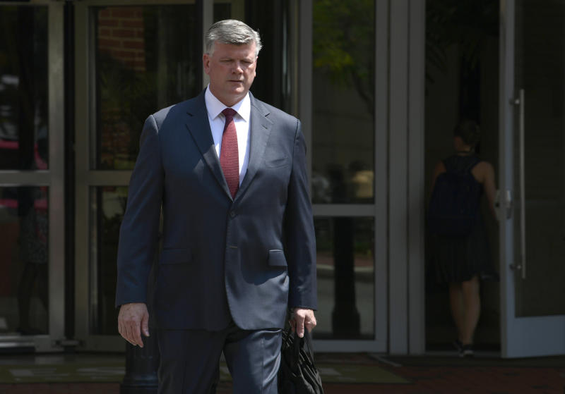 Kevin Downing attorney for Paul Manafort walks to the Alexandria Federal Courthouse in Alexandria Va. Monday Aug. 6 2018 for President Donald Trump's former campaign chairman Manafort's tax evasion and bank fraud trial. (AP