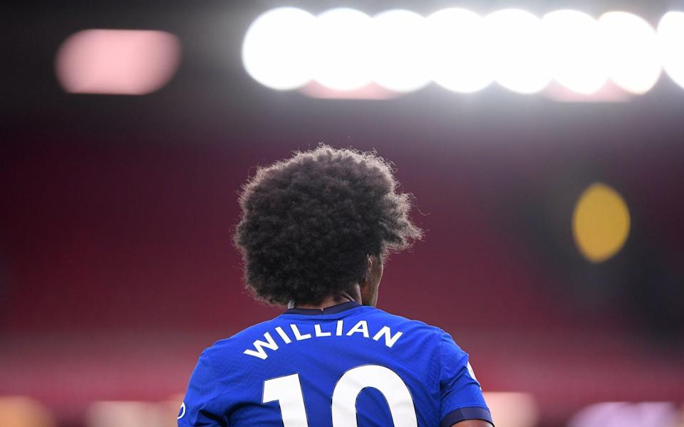 Liverpool v Chelsea - Anfield, Liverpool, Britain - July 22, 2020 Chelsea's Willian during the match, as play resumes behind closed doors following the outbreak of the coronavirus disease - REUTERS/LAURENCE GRIFFITHS