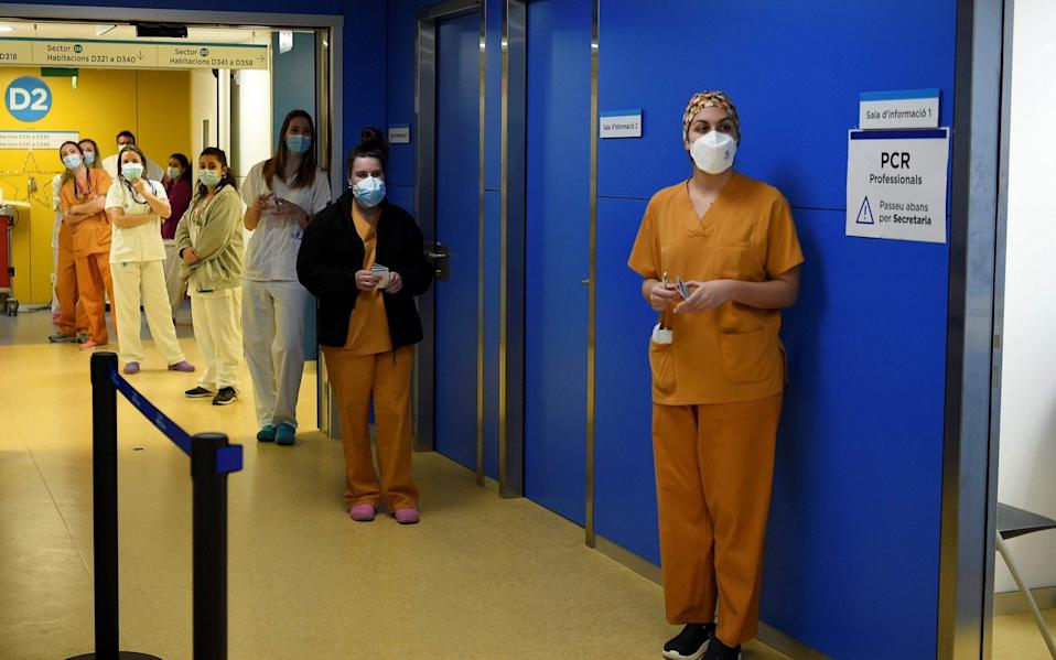 Healthcare workers in Barcelona waiting for their Covid-19 vaccination - Josep Largo/AFP