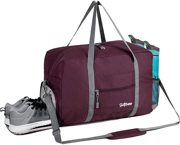<p>This lightweight <span>Sports Gym Bag with Wet Pocket &amp; Shoes Compartment </span> ($20) comes in seven different colors. You can carry it in three different ways!</p>