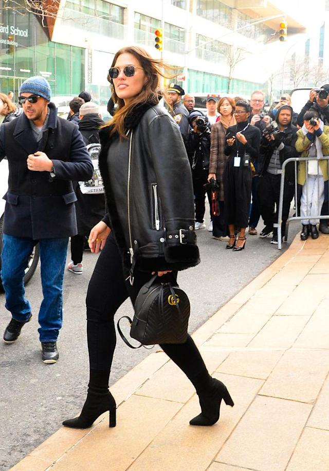 <p>The off-duty model was caught leaving a show in an all-black look. (Photo: Getty Images) </p>