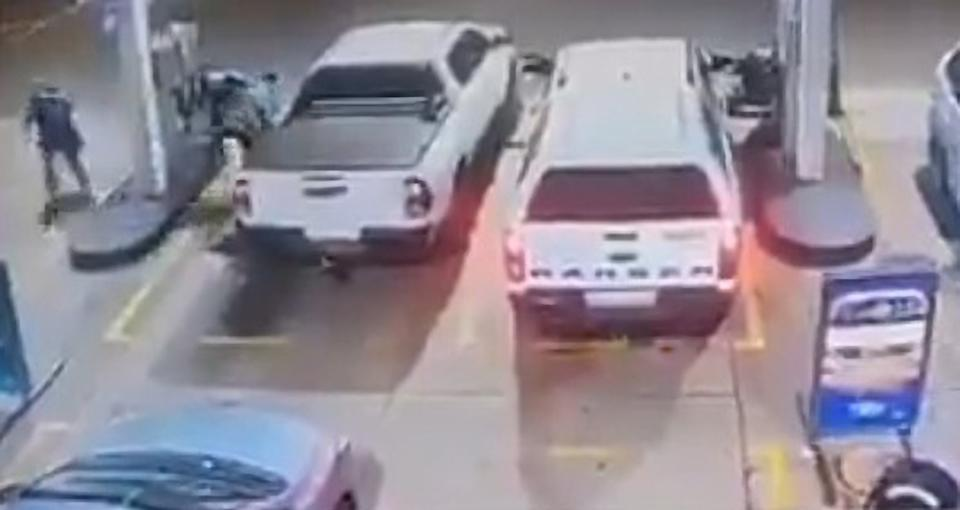 Ex-husband Robert Ngwenya's car being shot at the stations gas lane in January. Source: Newsflash/Australscope