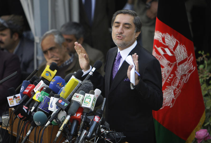 FILE-In this Nov 4, 2009 file picture Abdullah Abdullah, former Afghan Foreign Minister, gestures during a press conference in Kabul, Afghanistan. The influential politician, who was runner-up to Afghan President Hamid Karzai in the 2009 election, said Pakistani intelligence officials contacted him in previous years, but he refused to speak with them because he did not believe communication should be carried out in secret. Pakistan has stepped up outreach to some of its biggest enemies in Afghanistan, a significant policy shift that could prove crucial to U.S.-backed efforts to strike a peace deal in the war-torn country. (AP Photo/Anja Niedringhaus, File)