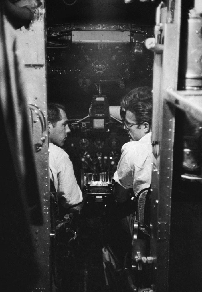 <p>Daredevil Dean is seen sitting in a cockpit alongside the pilot on a flight from Marfa, Texas. </p>