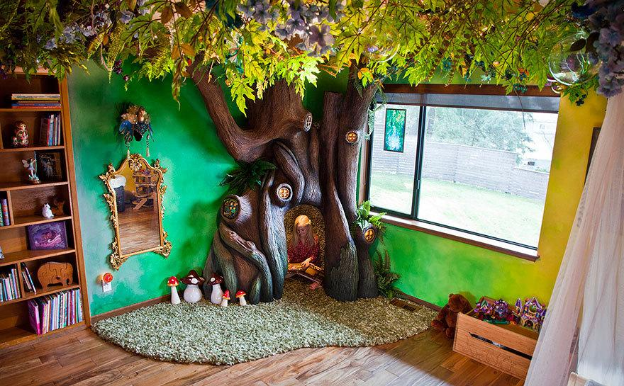 "<p>When a little girl told her dad she wanted a fairy forest, she probably didn't imagine something as dreamy as this. (Photo: <a href=""http://imgur.com/a/M6V45"">Imgur</a>)</p>"