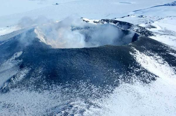 First Images of Antarctic Volcano's Innards Revealed