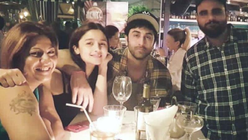 Alia Bhatt Gets her Mom Soni Razdan's Approval for Boyfriend Ranbir Kapoor!
