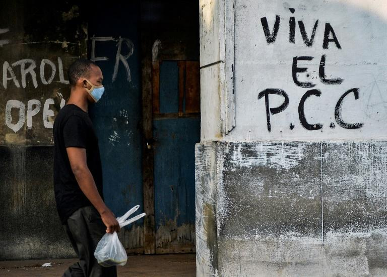 Graffiti in the capital Havana shows that there is still much support for Cuba's Communist Party