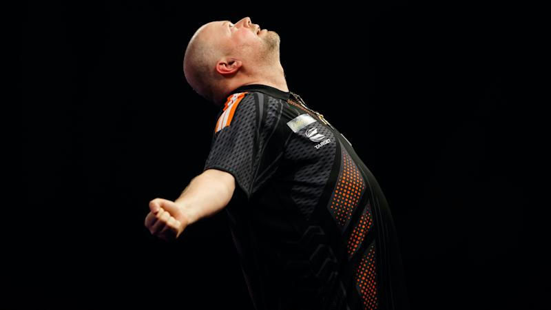 Raymond Van Barneveld to come out of retirement in 2021