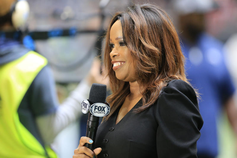 ATLANTA, GA - OCTOBER 20: Fox Sports sideline reporter Pam Oliver during the NFL regular season game between the Atlanta Falcons and the Los Angeles Rams on October 20, 2019 at the Mercedes-Benz Stadium in Atlanta, Georgia. (Photo by David John Griffin/Icon Sportswire via Getty Images)