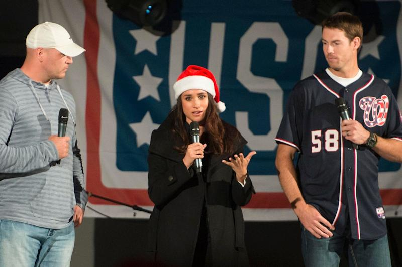 Meghan Markle in Christmas mood and hat as she gives a speech