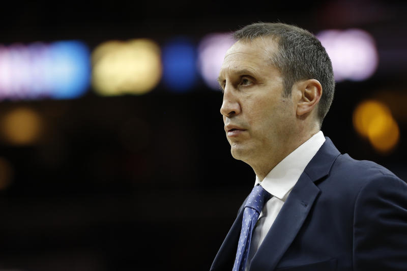 Cleveland Cavaliers' David Blatt in action during an NBA basketball game against the Philadelphia 76ers, Sunday, Jan. 10, 2016, in Philadelphia. (AP Photo/Matt Slocum)