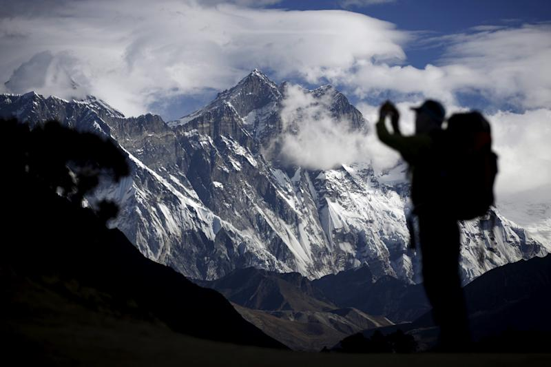 Family launch rescue fund after Irish academic disappears on Everest descent