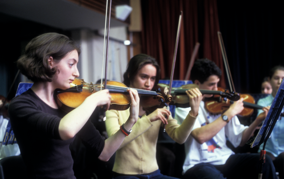 Camden Youth Orchestra in rehearsal in 2000. (Photo by: Photofusion/Universal Images Group via Getty Images)