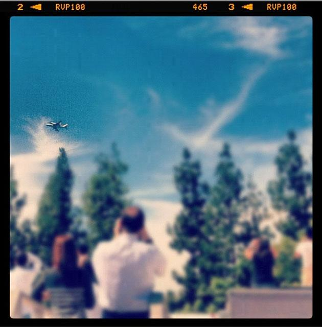 Endeavour passes over Pasadena. Courtesy @UberDian.