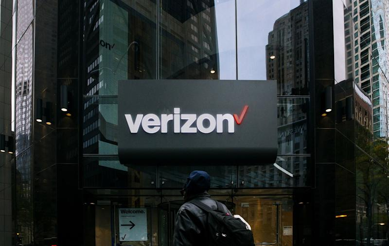 Verizon Pulls Ads From Facebook, Instagram Over Hate Speech