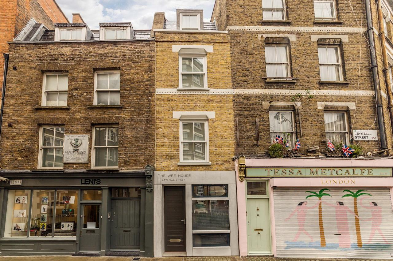 <p>A two-bedroom property has been transformed by architects in to a luxury home that is just 2.5 metres wide. </p>