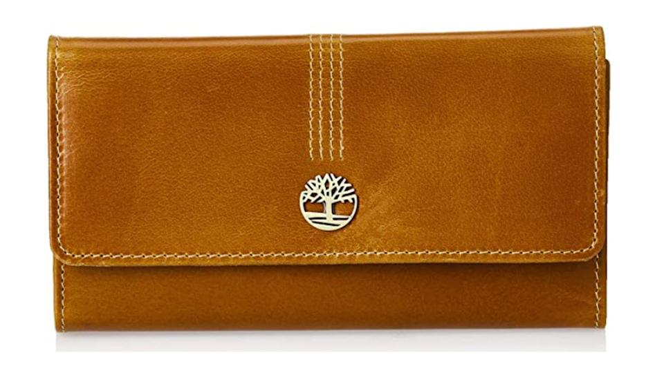 Timberland Women's Leather RFID Flap Wallet Clutch Organizer. (Image via Amazon)