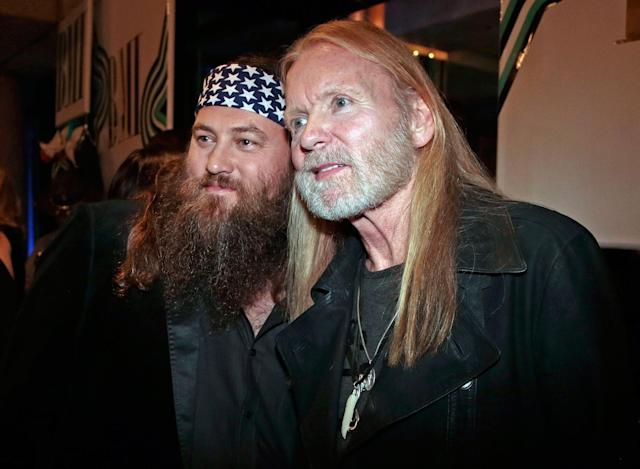 "<p>Willie Robertson, left, of the TV show ""Duck Dynasty,"" and Gregg Allman arrive for the BMI Country Awards on Tuesday, Nov. 5, 2013, in Nashville, Tenn. (AP Photo/Mark Humphrey) </p>"