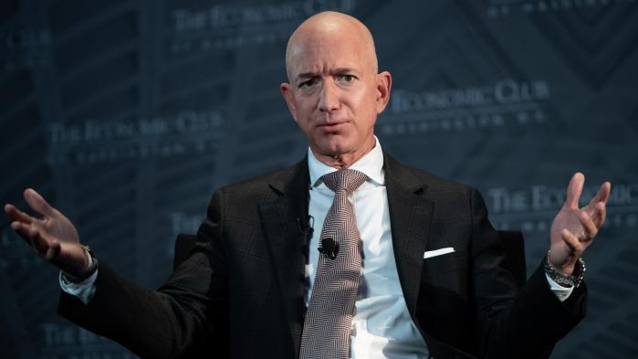 Photos intimes, chantage et Arabie saoudite... On vous explique le bras de fer entre le patron d'Amazon Jeff Bezos et un tabloïd proche de Donald Trump