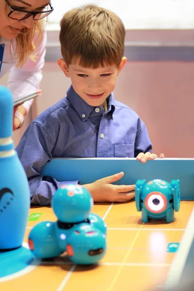 Dash robot kits are now available to anyone with a Surrey Libraries card and users do not need any previous coding experience. (Shutterstock / Free_styler - image credit)