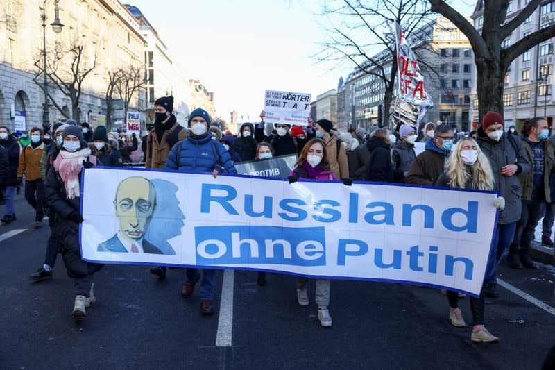 Rally to demand the release of Russian opposition leader Alexei Navalny in Berlin