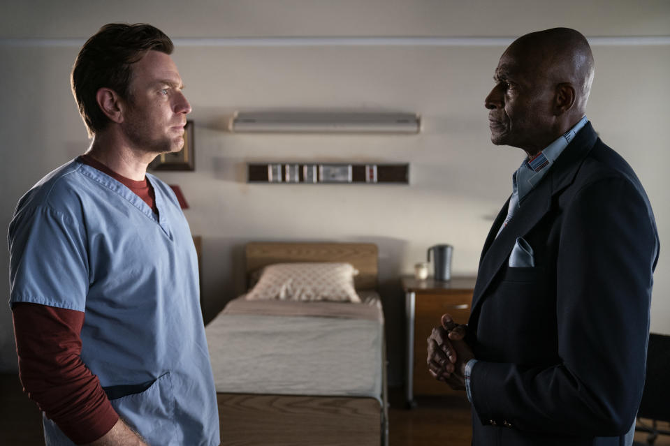 Ewan McGregor and Carl Lumbly in <i>Doctor Sleep</i> (Warner Bros.)