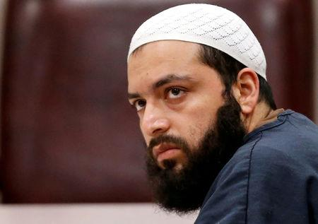 FILE PHOTO: Ahmad Khan Rahimi, an Afghan-born U.S. citizen accused of planting bombs in New York and New Jersey, appears in Union County Superior Court for a hearing in Elizabeth, New Jersey, U.S. May 15, 2017.  REUTERS/Mike Segar/File Photo