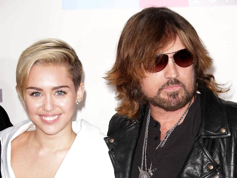 Miley Cyrus trolls dad Billy Ray Cyrus over blurry Instagram snap