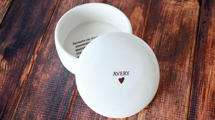 For the grad who loves trinkets: Personalized Round Keepsake Box