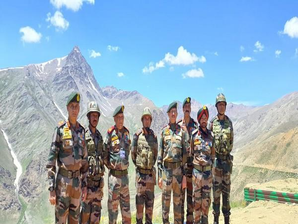 CDS Bipin Rawat along with other Army officials in Ladakh (Photo/Twitter)