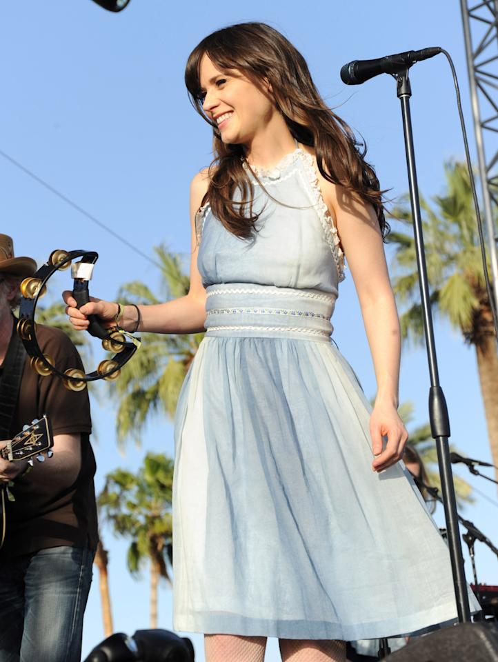 INDIO, CA - APRIL 16:  Zooey Deschanel of She & Him performs during Day 1 of the Coachella Valley Music & Arts Festival 2010 held at the Empire Polo Club on April 16, 2010 in Indio, California.  (Photo by Kevin Mazur/WireImage)