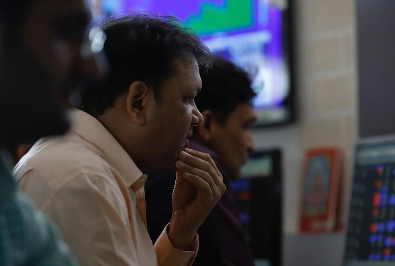 Nifty, Sensex gain after Fed rate cut