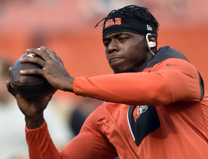 In this Sept. 1, 2016 file photo, Cleveland Browns wide receiver Josh Gordon warms up before a preseason game. (AP)