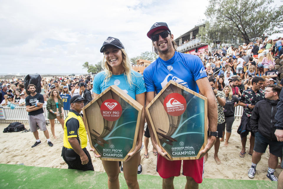 2017 Quik Pro winners Owen Wright 1st (blue, AUS) and Matt Wilkinson 2nd (red, AUS) and the Roxy Pro winners Stephanie Gilmore 1st (blue, AUS) and Lakey Peterson 2nd (red, USA). (Photo by Kelly Cestari/World Surf League via Getty Images)