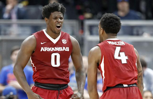 <p><strong> 21. Arkansas</strong><br>Top 2017-18 sport: baseball, women's indoor track. Trajectory: Up. The Razorbacks are on a moderate growth cycle, moving up from 23rd in 2015-16 to 20th last year to 16th this season. But falling a single strike short of winning the College World Series will hurt for a long time. </p>