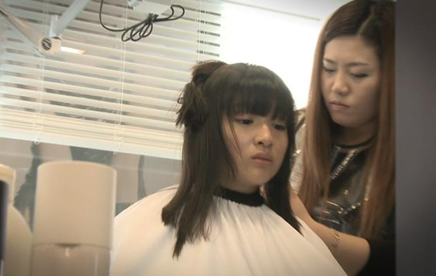 Anthea had a meltdown during a hair makeover (Photo courtesy of Channel M)