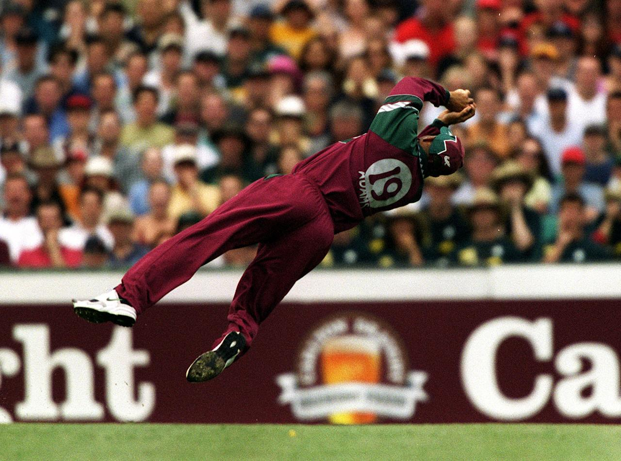 17 Jan 2001:  West Indies captain Jimmy Adams takes a spectacular catch to dismiss Ricky Ponting of Australia for 93 off the bowling of Nixon McLean during the Carlton Series One Day International between Australia and West Indies at the Sydney Cricket Ground, Sydney, Australia. Mandatory Credit: Nick Wilson/ALLSPORT