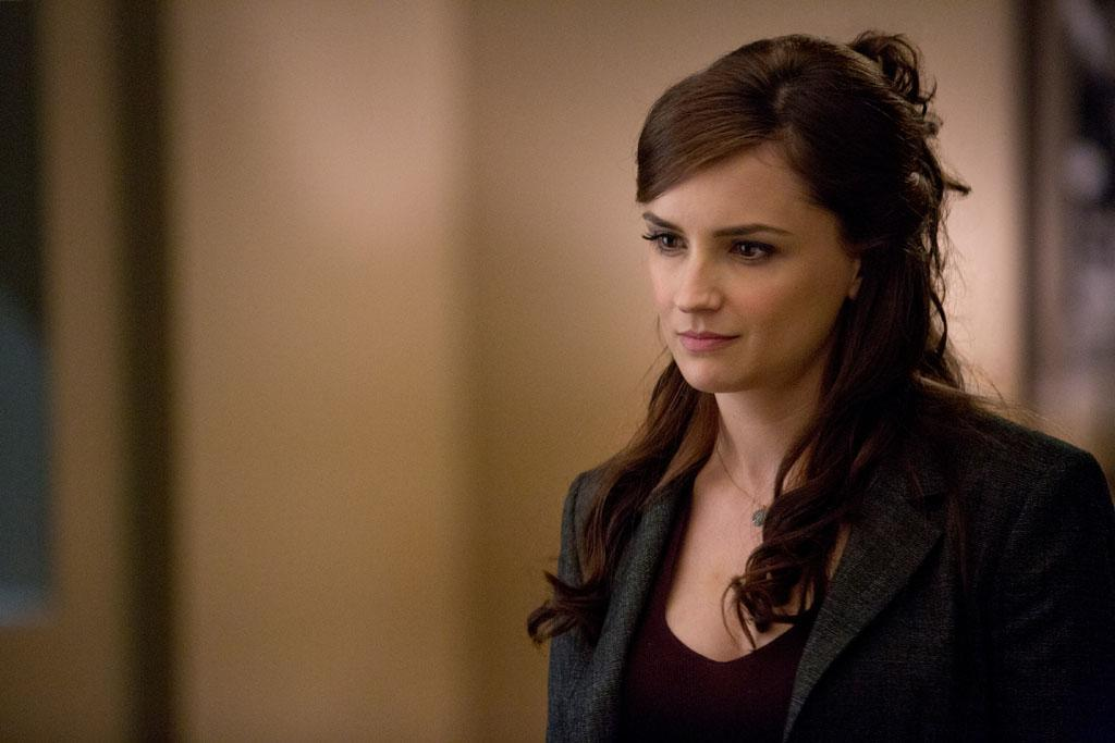 "Rachael Leigh Cook in the ""Perception"" Season 2 Premiere, ""Ch Ch Changes."""