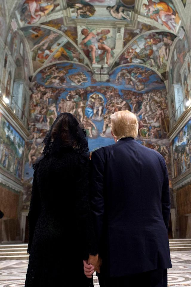 <p>President Donald Trump and first lady Melania visit the Sistine Chapel after a private audience with Pope Francis at the Vatican, May 24, 2017. (Photo: Osservatore Romano/Handout via Reuters) </p>