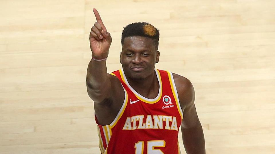 Clint Capela waves finger to crowd during Hawks-Knicks game