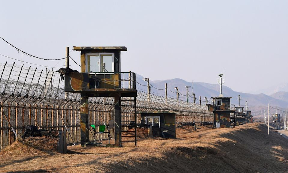South Korean army soldiers patrol in the demilitarized zone. (AFP via Getty Images)