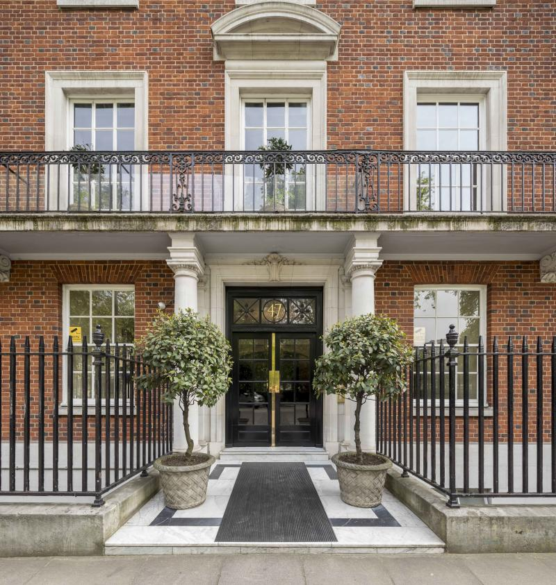 Family Apartment: Jackie O's Family London Apartment On Sale For £25m