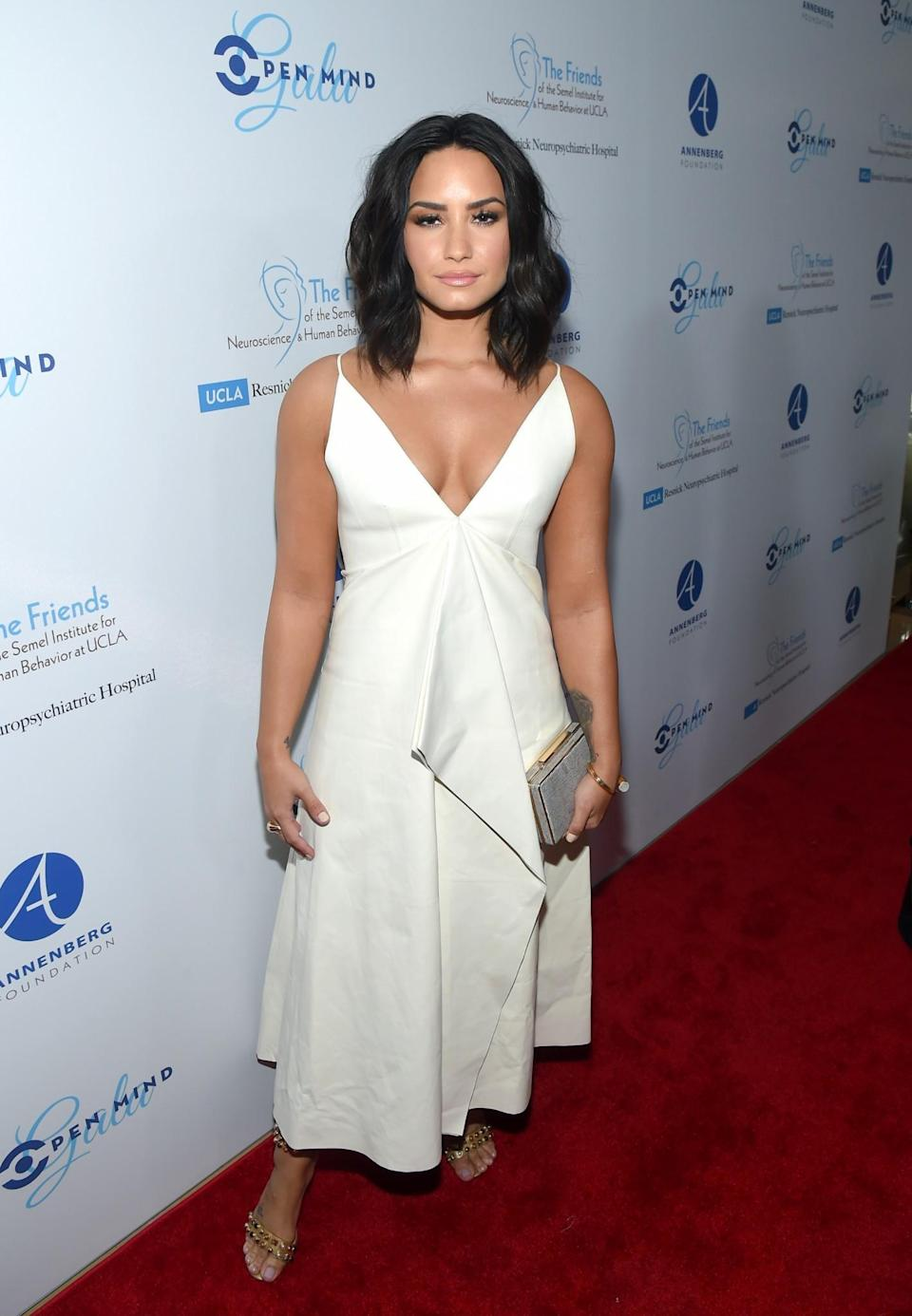 <p>Demi channelled Marilyn Monroe in a gorgeous white gown.<br><i>[Photo: Getty]</i> </p>